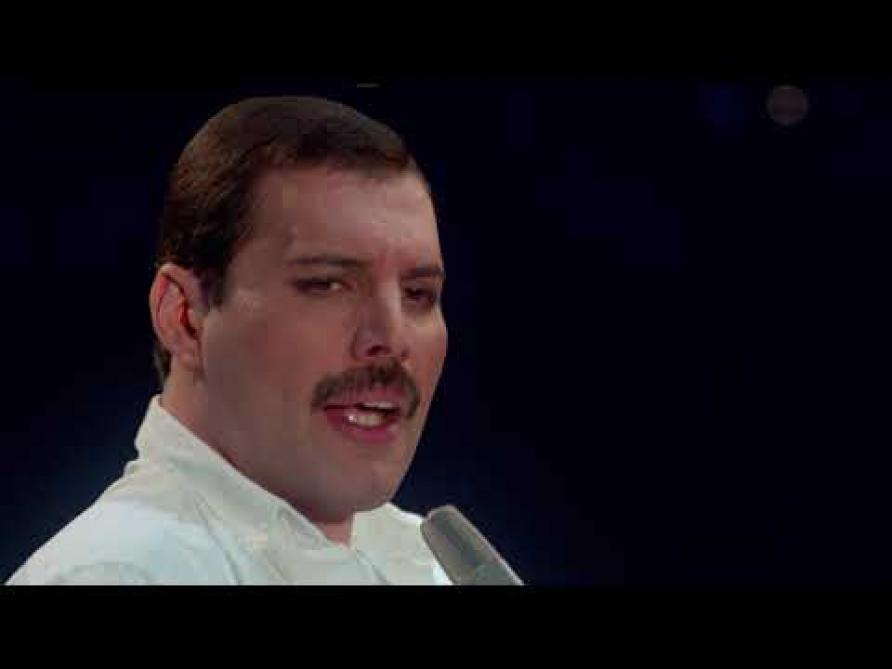 Une chanson inédite accompagnée d'une nouvelle vidéo — Freddie Mercury