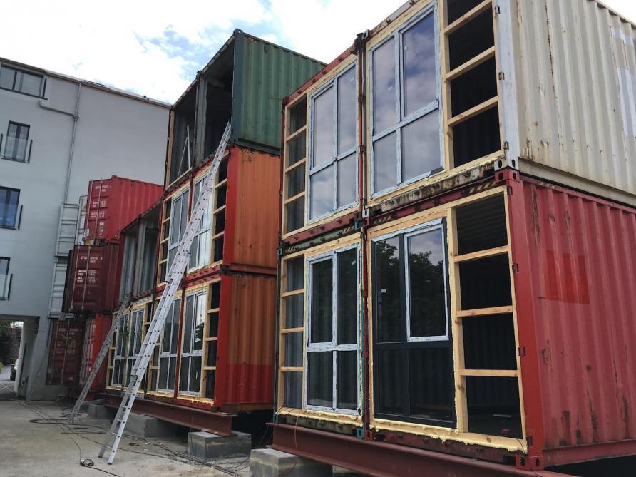 Du Container Au Logement Low Cost Le Soir Plus