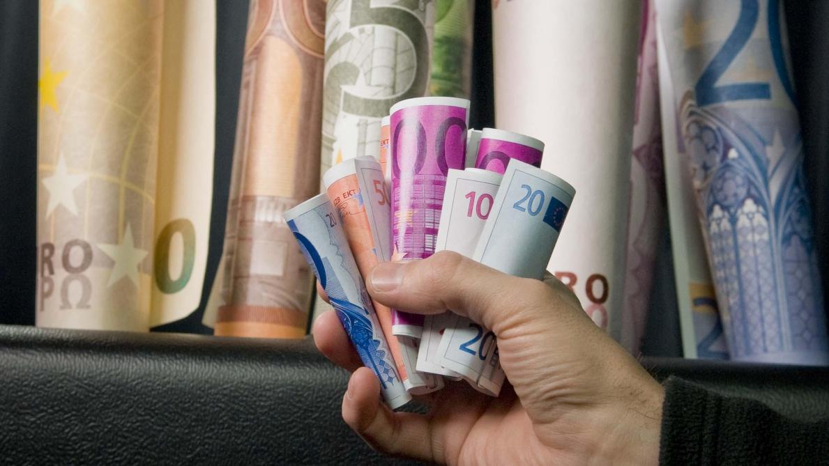importante hausse des salaires en belgique en 2017 le soir plus. Black Bedroom Furniture Sets. Home Design Ideas