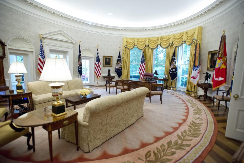 La maison blanche 100% américaine de donald trump en images le soir