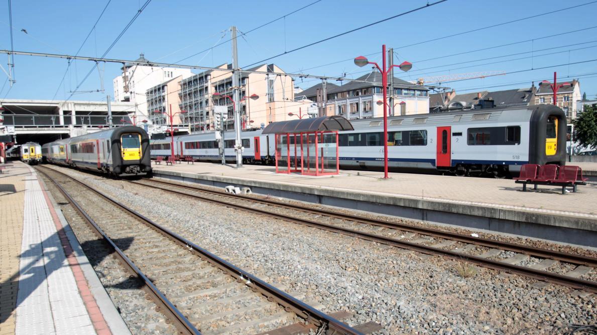 La sncb adapte les horaires d une dizaine de trains le for Horaires bus ligne 29 arles salon