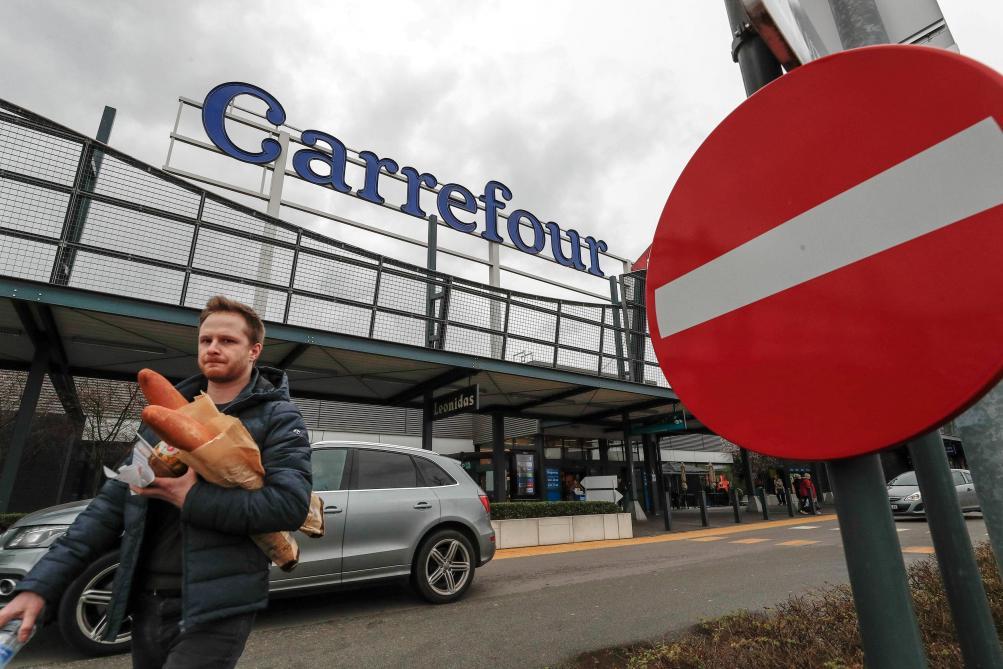 Carte Hypermarche Carrefour.Carrefour La Carte Des Hypermarches Touches Par Le Plan D