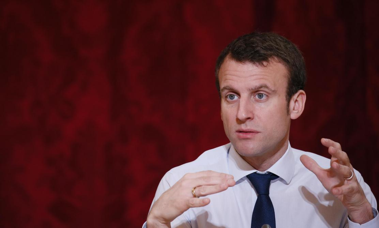 Popularité : Emmanuel Macron dévisse, Édouard Philippe résiste, selon notre sondage