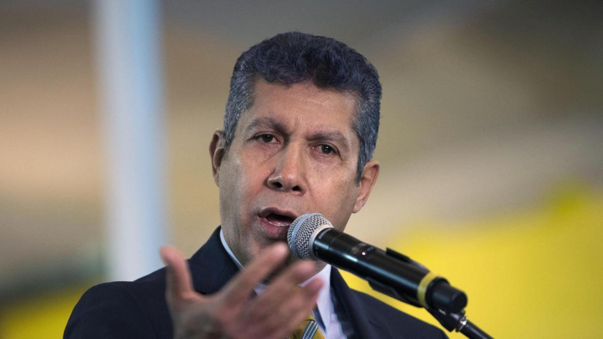 Maduro officiellement candidat, sans adversaire de poids — Venezuela