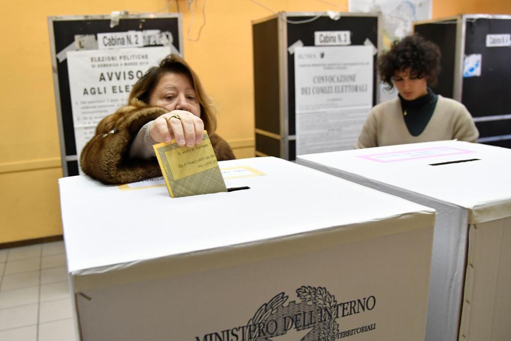 Litalie vote dans lincertitude entre poussée de la droite et