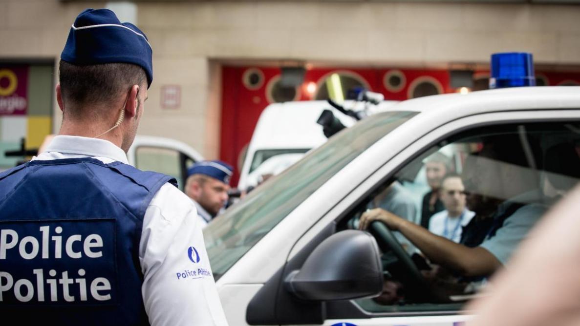 Huit personnes soupçonnées de préparer un attentat arrêtées — Molenbeek