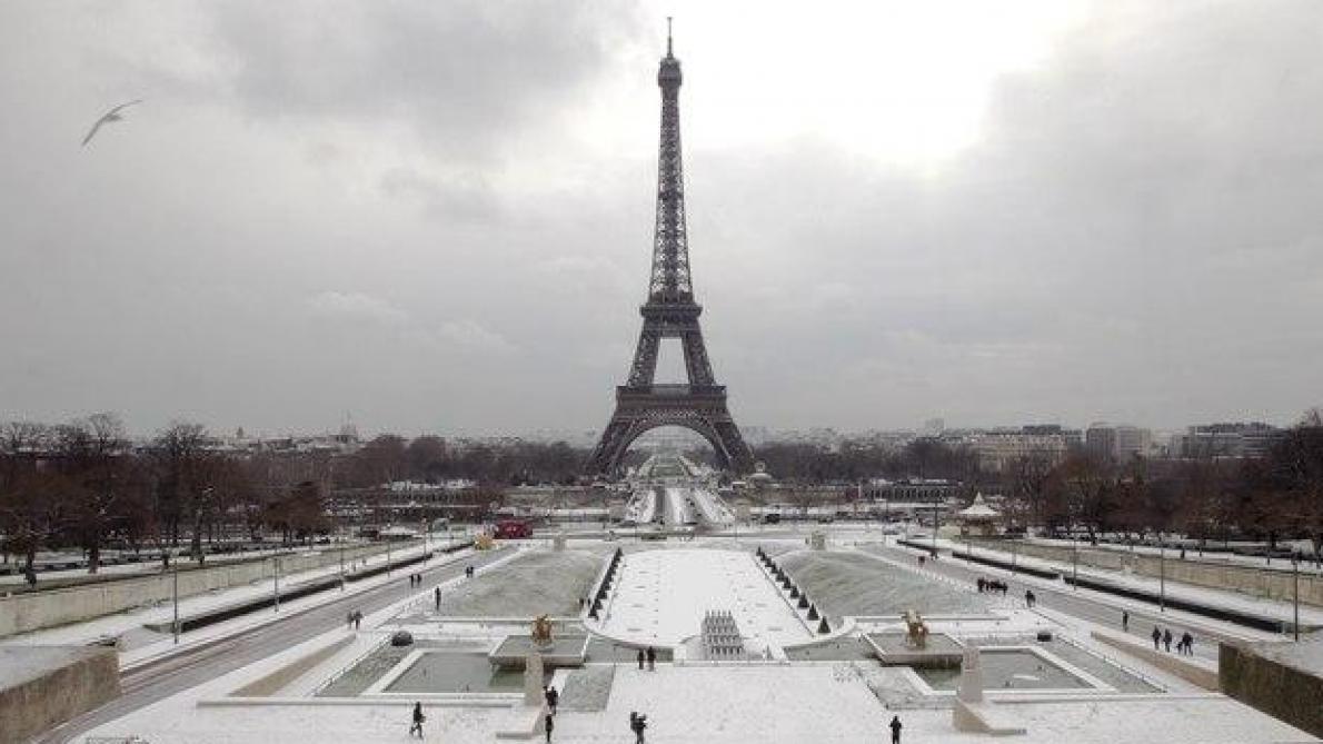 La Tour Eiffel fermée dimanche matin en raison de la neige