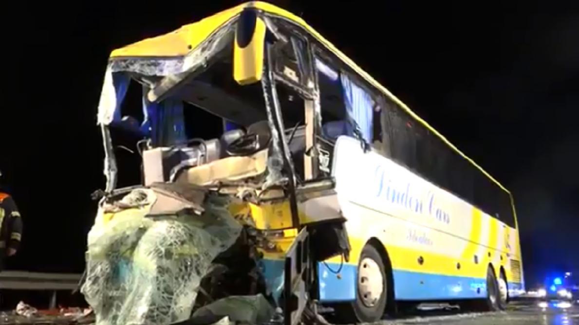 Crash d'un car belge en Allemagne: le voyage se poursuit