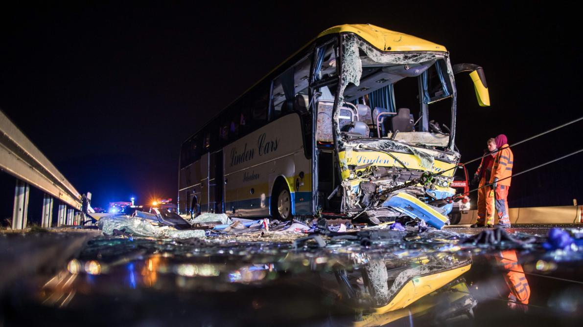 Accident impliquant un car belge cette nuit: un mort