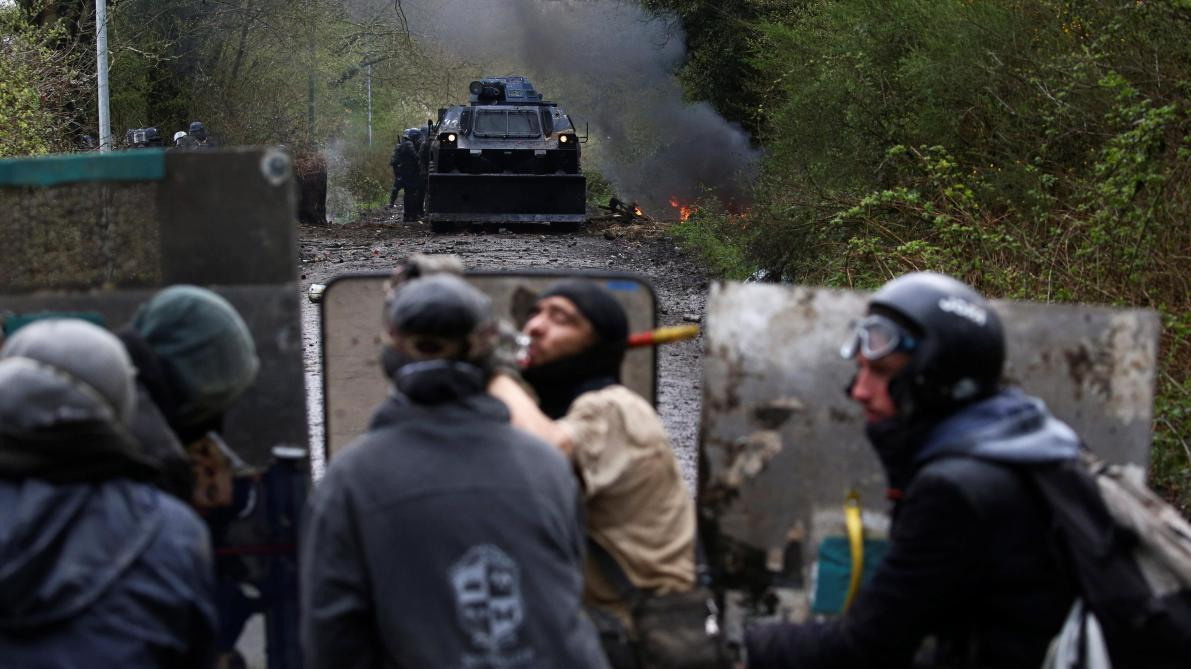 Expulsions à Notre-Dame-des-Landes : l'opération médiatique entrave le dialogue