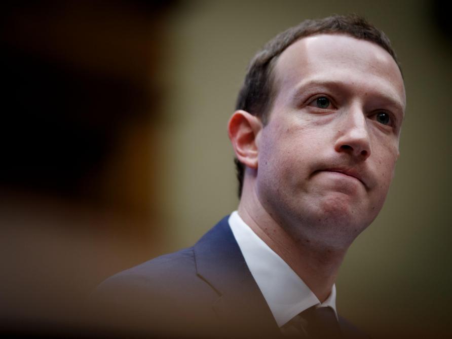 [DIRECT] Mark Zuckerberg défend bec et ongles le modèle économique de Facebook