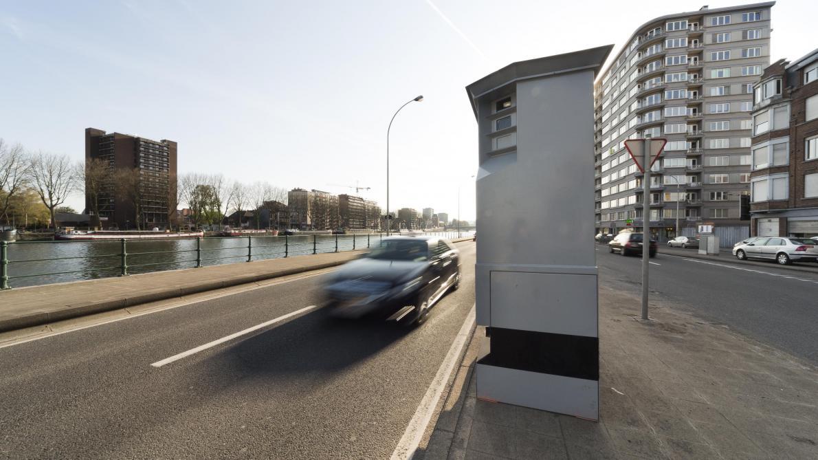 marathon de contr le de vitesse plus de automobilistes en exc s de vitesse et 91 permis. Black Bedroom Furniture Sets. Home Design Ideas