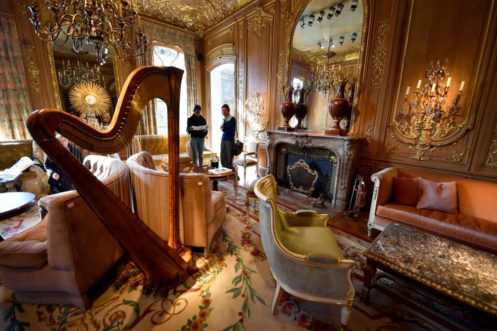 Record mondial pour la vente aux enchères du mobilier du Ritz
