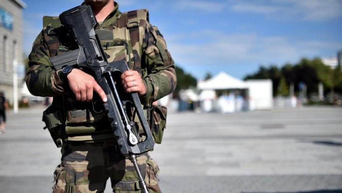 Quatre militaires blessés après le départ accidentel d'une roquette — Bertrix