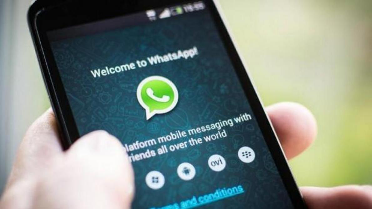 WhatsApp désormais interdit aux moins de 16 ans