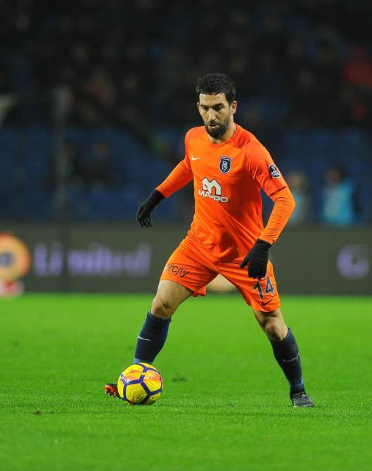 16 matches de suspension pour Arda Turan — Istanbul BB