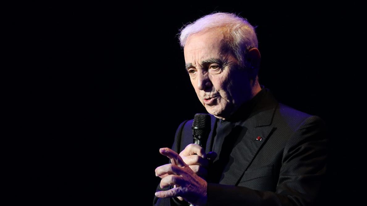 Charles Aznavour hospitalisé après une grave chute
