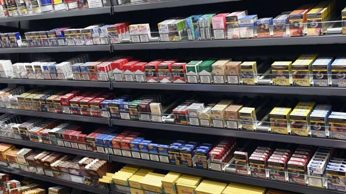 1201ab483b5ad5 Accises sur le tabac  le prix d un paquet décortiqué - Le Soir