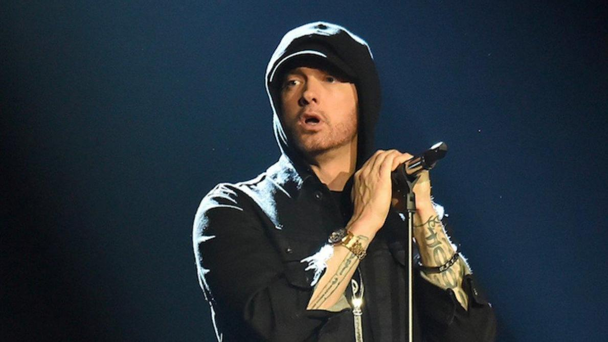 Culture : Vexé par les critiques, Eminem sort un album surprise