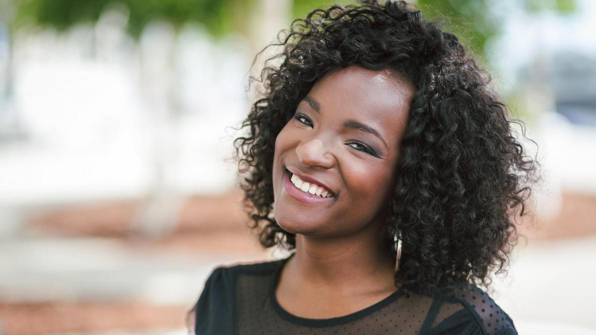 Une présentatrice météo dit stop au racisme