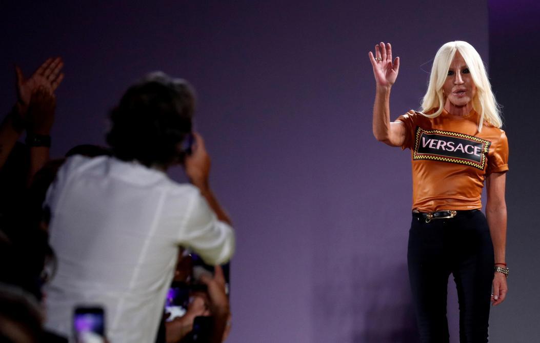 Michael Kors achète Versace pour 1,83 milliard d'euros