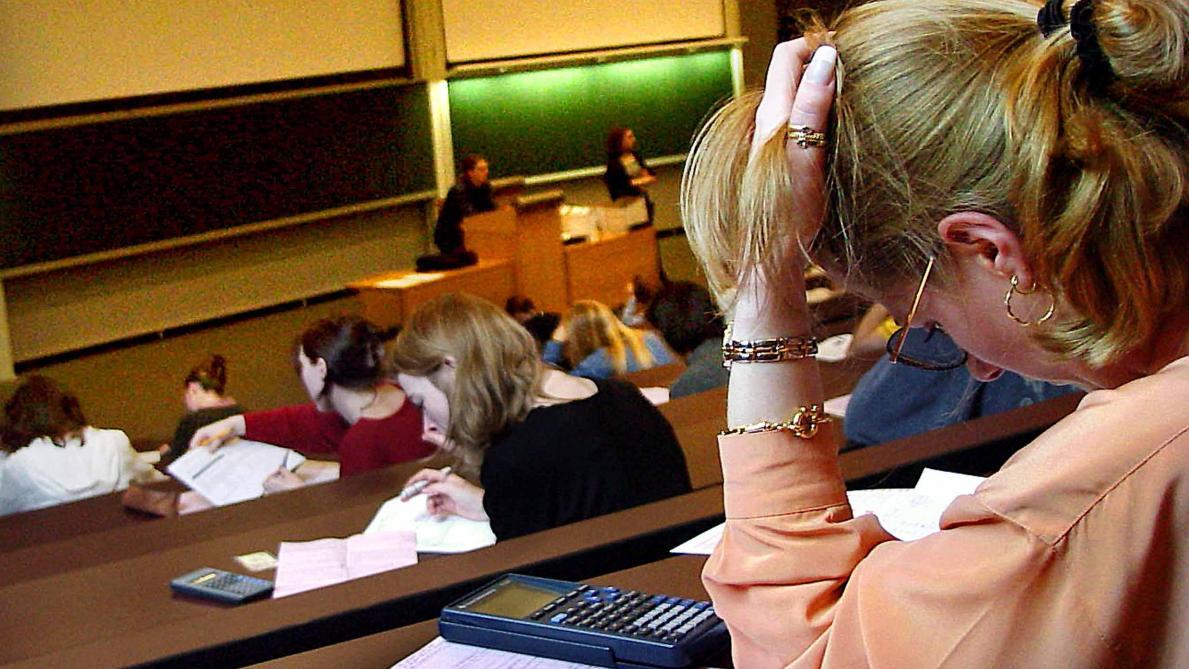 Les Etudiants Pourront Obtenir Une Copie De Leurs Examens Le Soir Plus