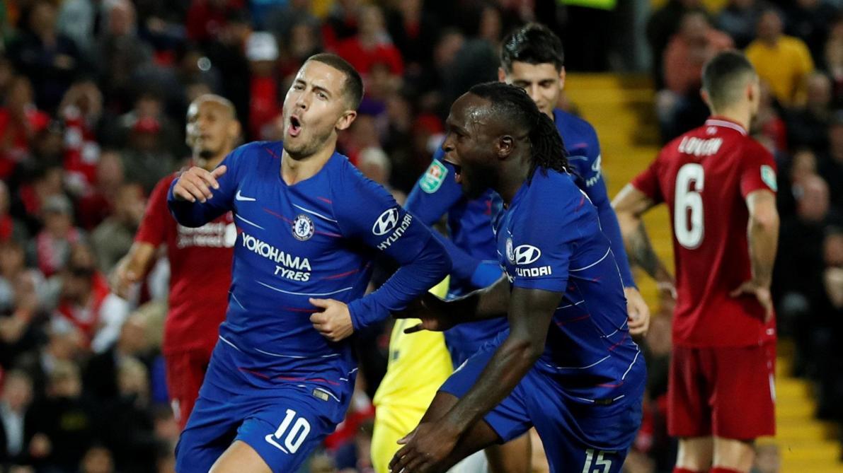 Chelsea surprend Liverpool, Arsenal passe — Carabao Cup