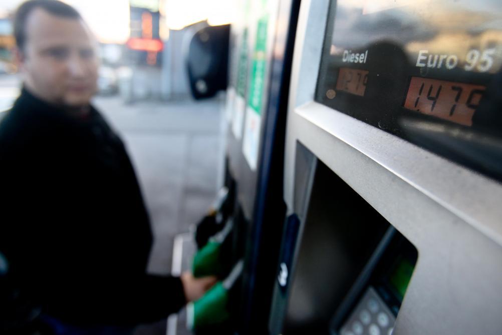 fe9c949a3a37a7 Les carburants changent d étiquette à la pompe  tout savoir pour ne pas se  tromper - Le Soir Plus