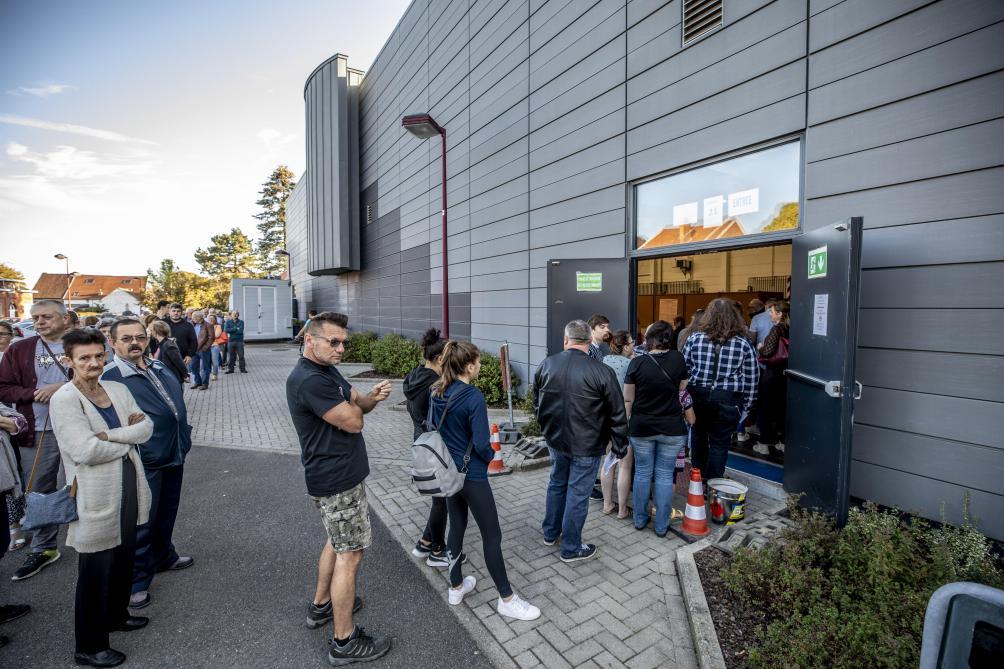 Cafouillages dans les bureaux de vote à bruxelles: au juge de paix