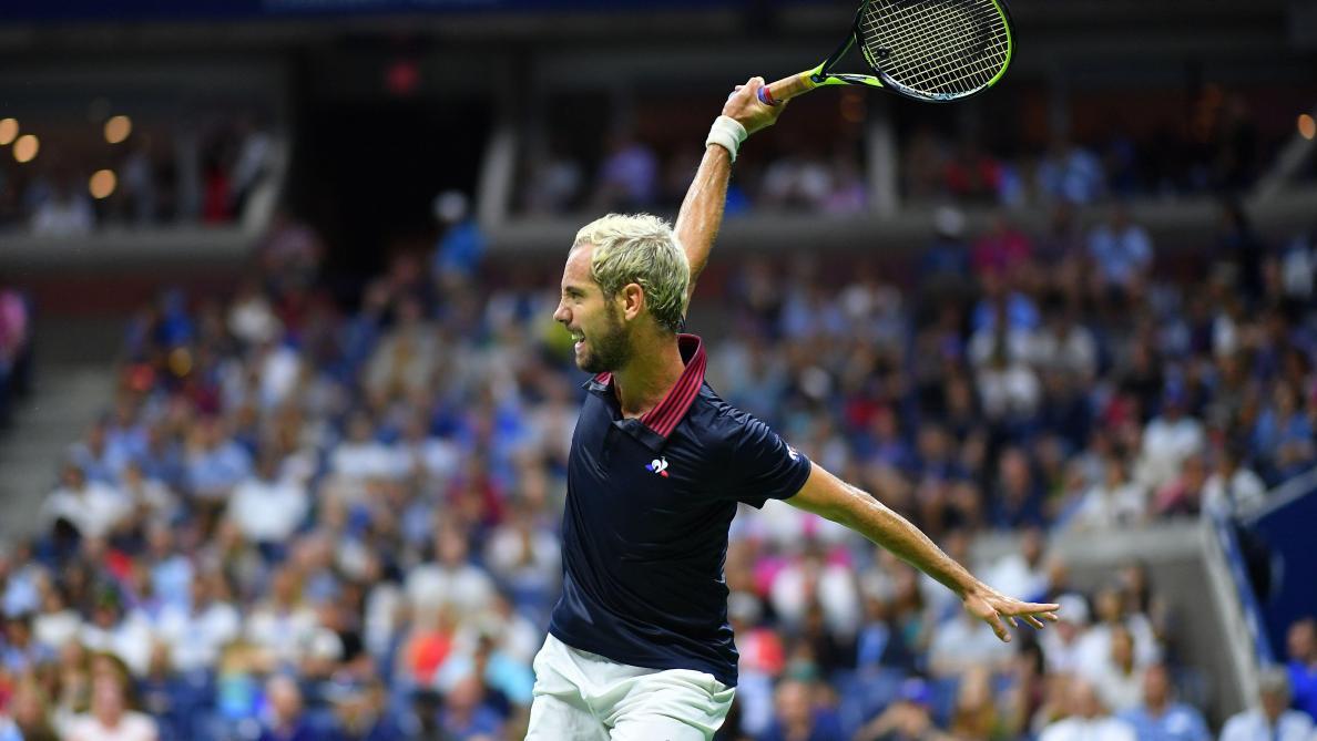 Tennis: Simon enchaîne à Anvers, Paire stoppé net