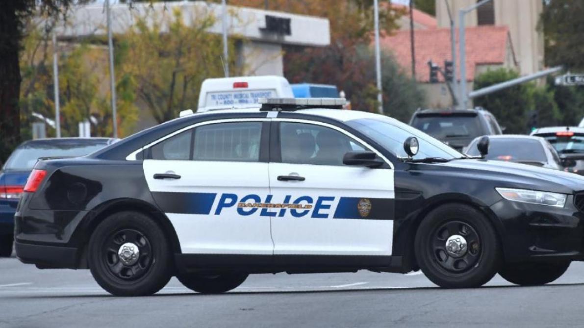 SOCIETE › Etats-Unis : un policier tue un agent de sécurité noir qui venait de neutraliser un tireur … LE SOIR