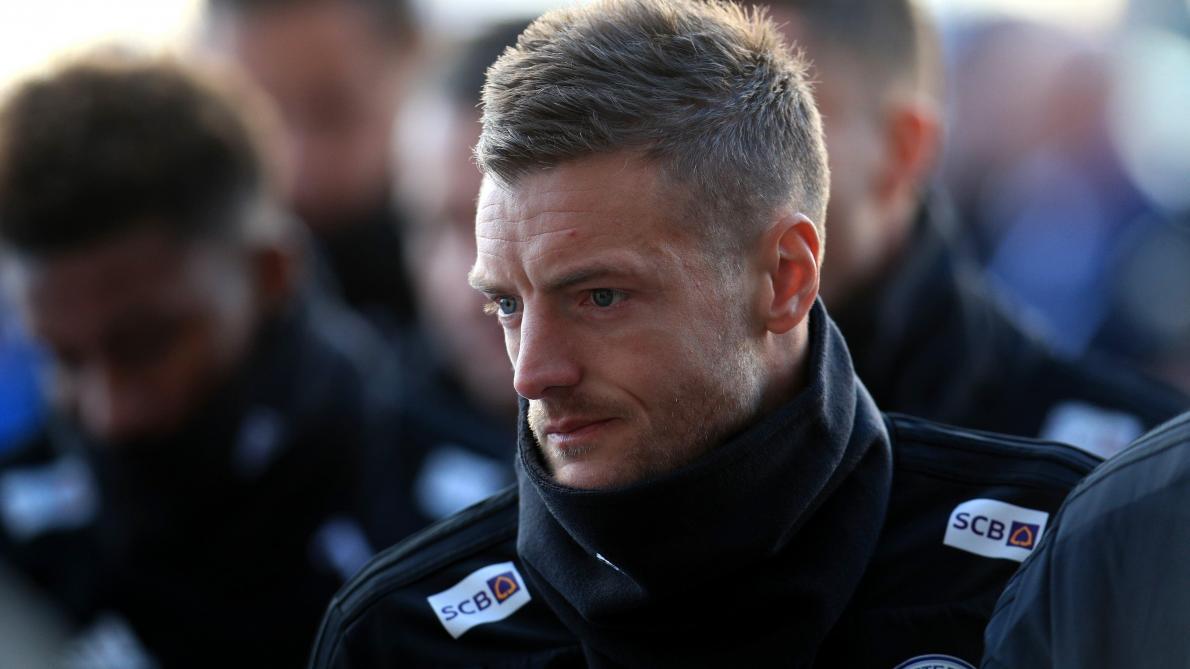 International : L'hélicoptère des dirigeants de Leicester s'est crashé aux abords du stade