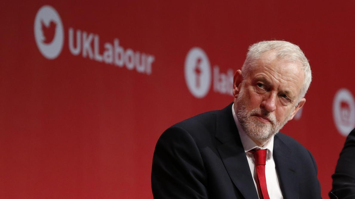 Brexit: le leader du Labour Jeremy Corbyn annonce un vote de méfiance contre Theresa May