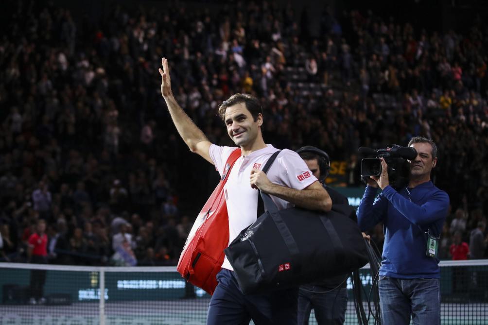 Masters 1000 de Paris  Federer affrontera Djokovic en demi-finale ... a078a41bddc2