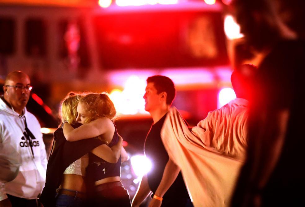 12 morts dans une attaque dans un bar-discothèque en Californie — Insécurité
