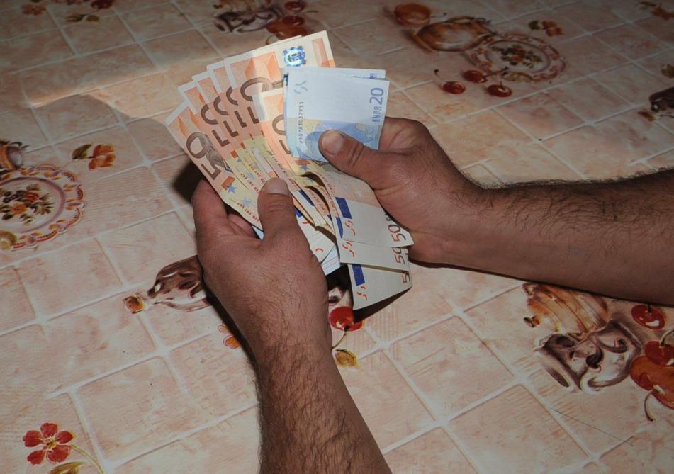 Belgique : 230 ouvriers touchent une prime de 30 000 euros par erreur