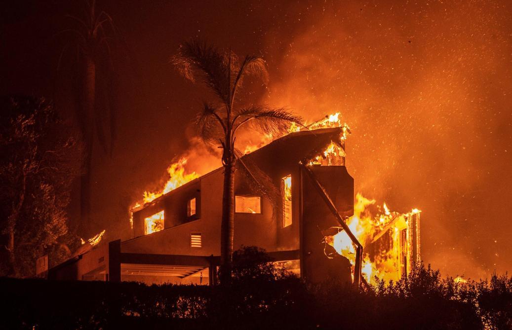 Incendie en Californie: le nombre de disparus dépasse 1.000 personnes