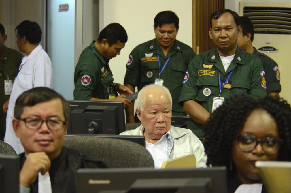 Le «génocide» khmer rouge reconnu pour la première fois par le tribunal  international - Le Soir b261733c717