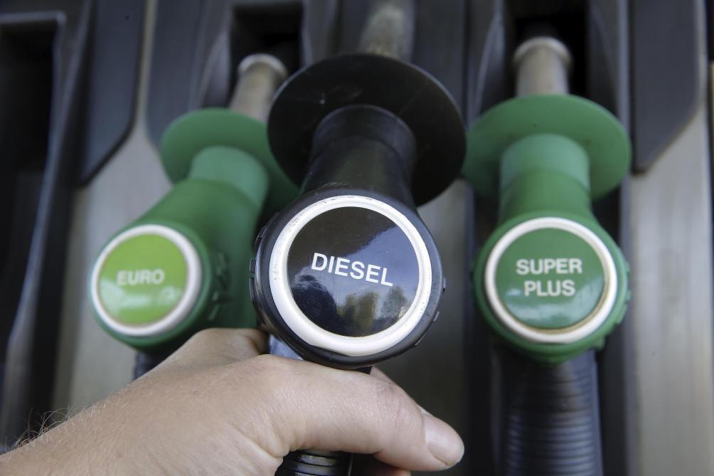 Le coût de l'essence baisse encore
