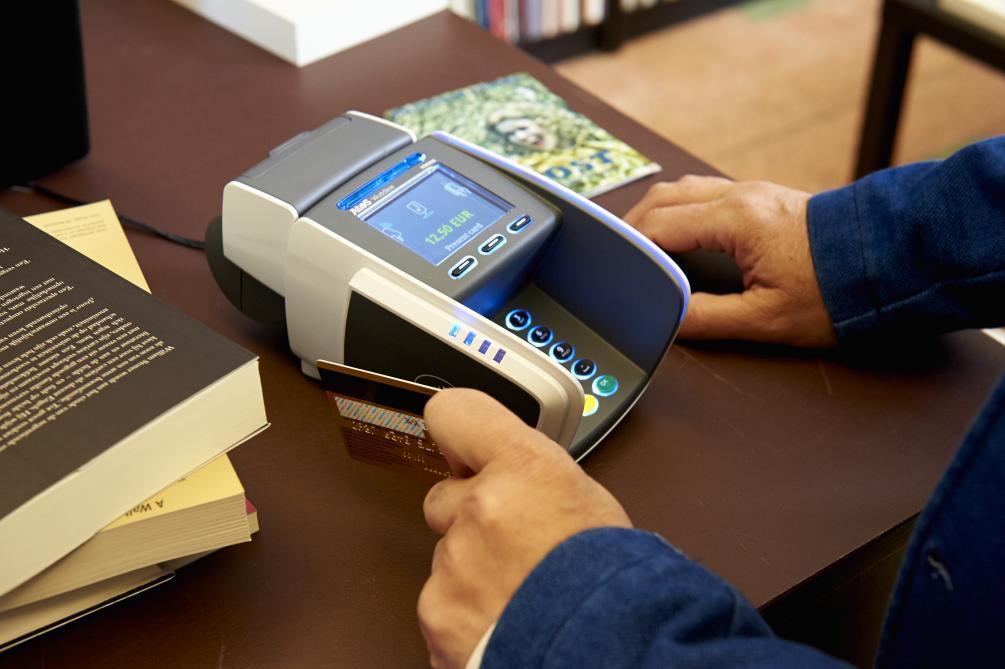 En Belgique Seuls 4 Des Paiements Par Carte Se Font Sans Contact