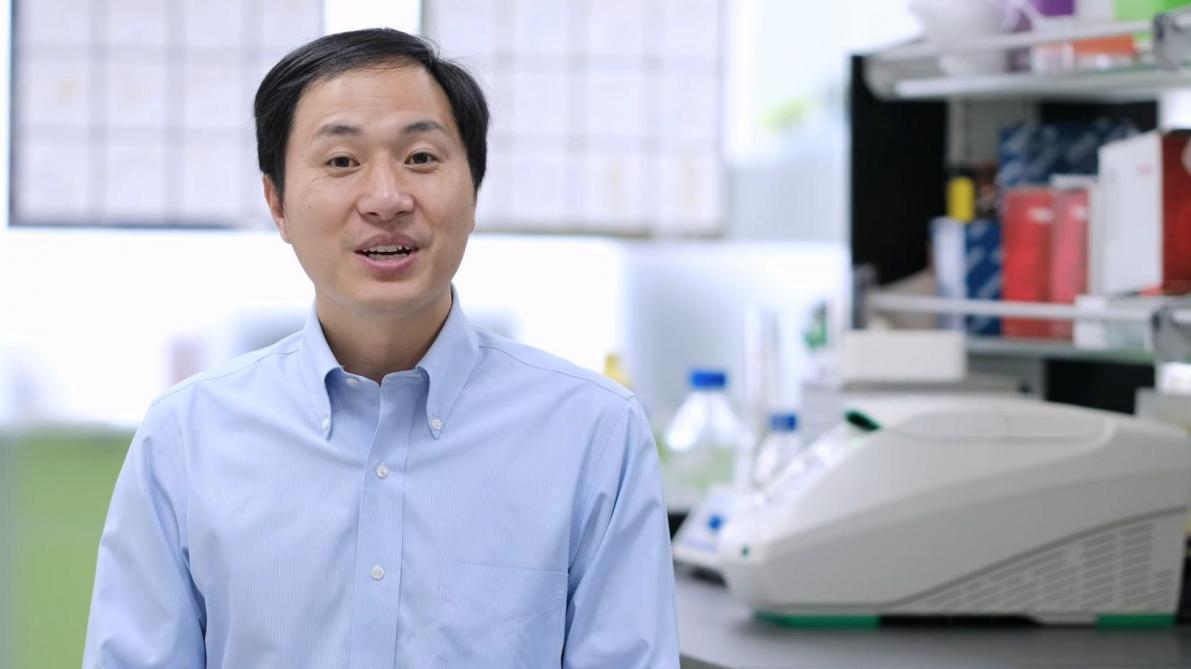 Bébés génétiquement modifiés  un chercheur chinois dit faire une «pause»  dans ses essais fc2634124a3