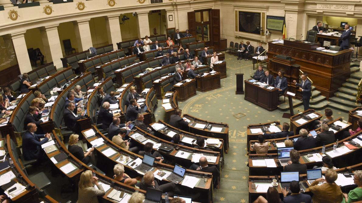 La position belge en faveur du Pacte est légitimée — Crise gouvernementale