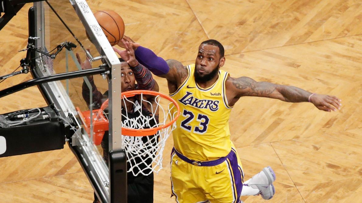 Malgré la suspension de la NBA, le coach des Lakers prépare déjà la suite de la saison