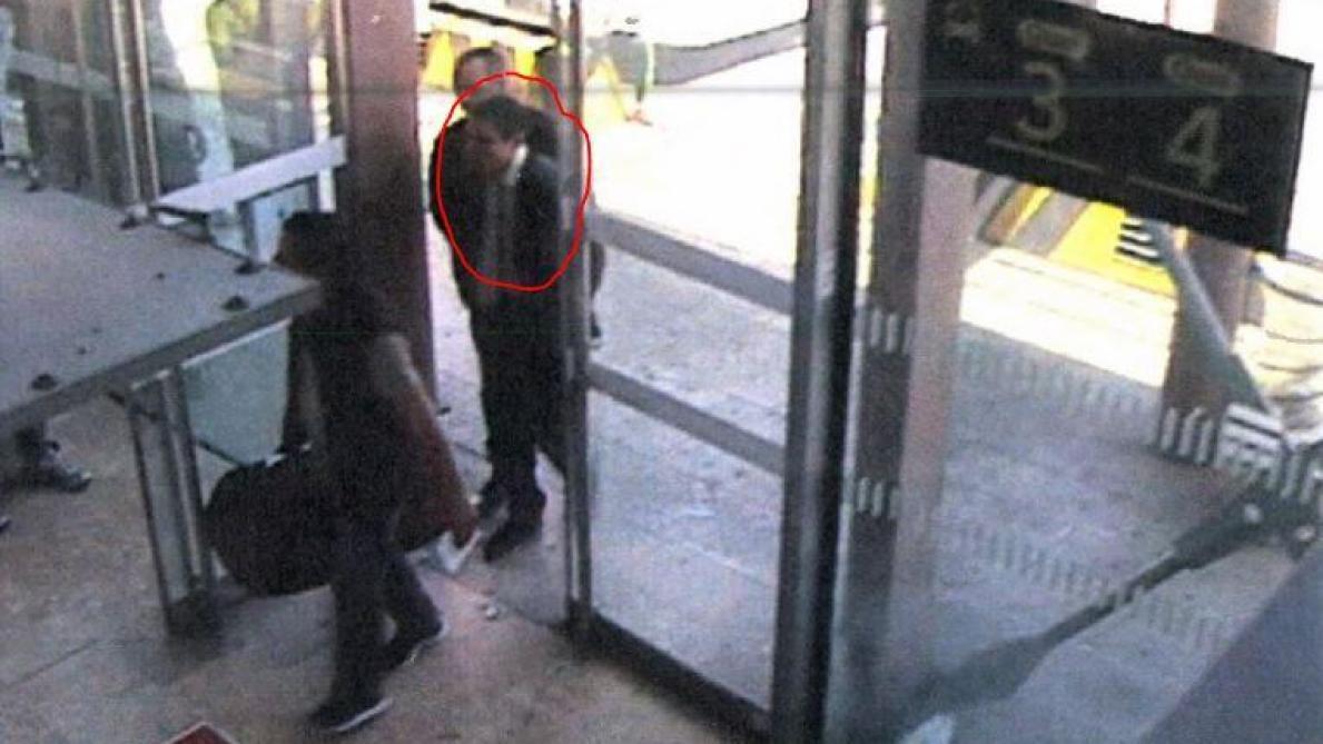 Ce que les caméras de surveillance montrent — Procès Nemmouche