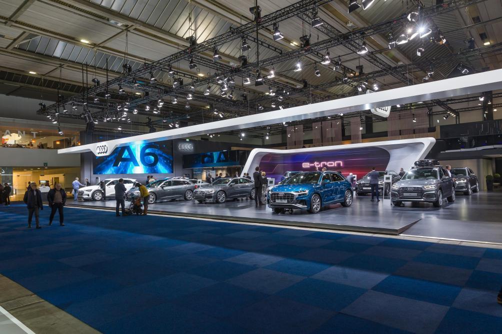 Salon De L Auto >> Le Salon De L Auto A Ouvert Ses Portes Avec Une Panne D Electricite