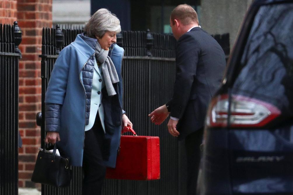 Theresa May promet l'impossible — Brexit
