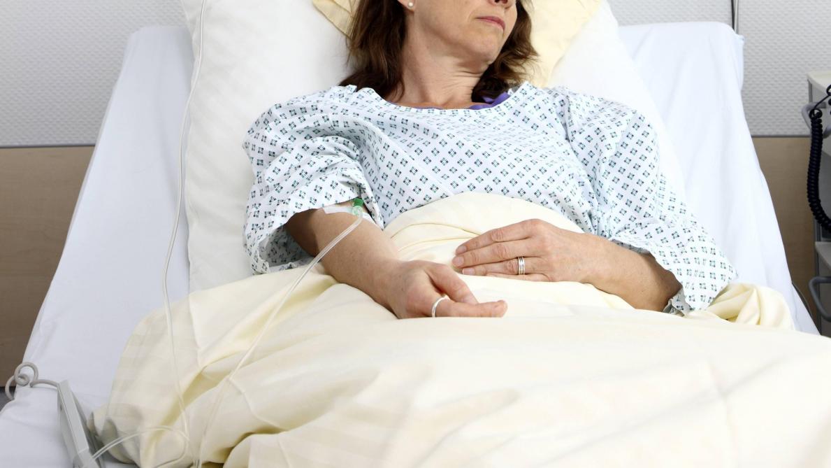 Infirmier arrêté après l'accouchement d'une femme en état végétatif