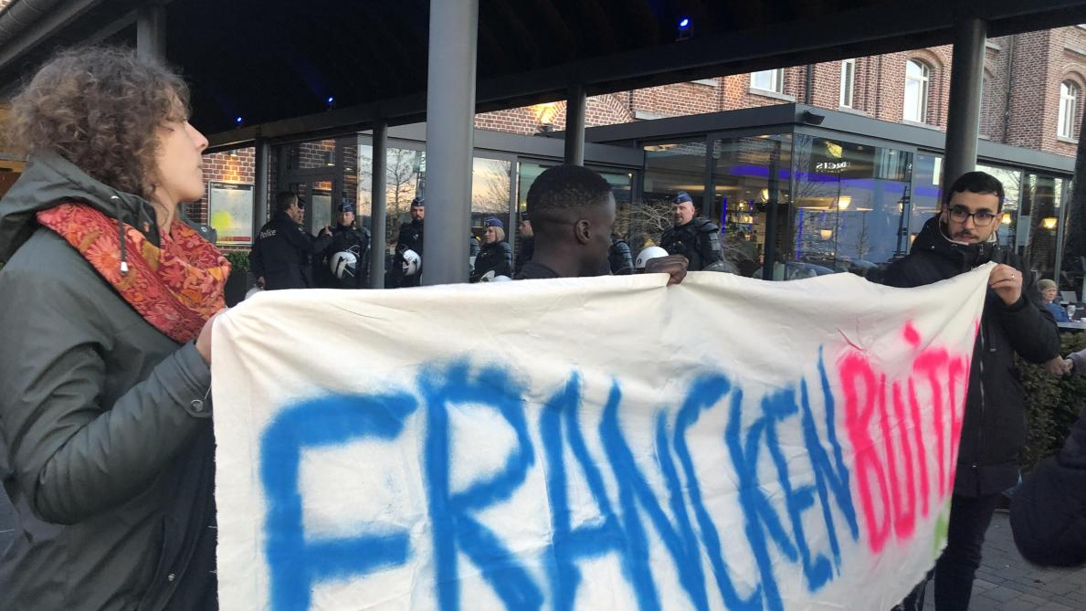 Theo Francken a porté plainte pour les dégâts à sa voiture