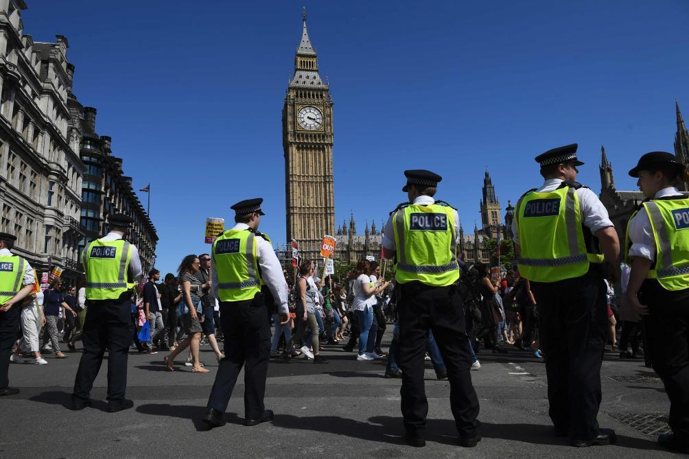 Trois paquets piégés trouvés à Londres, les services antiterroristes lancent une enquête
