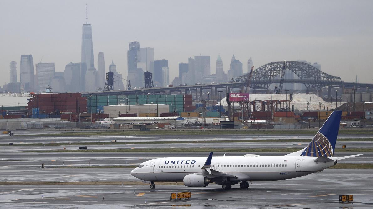 Atterrissage d'urgence d'un avion d'Air Transat: deux blessés légers | JANIE GOSSELIN | Nouvelles